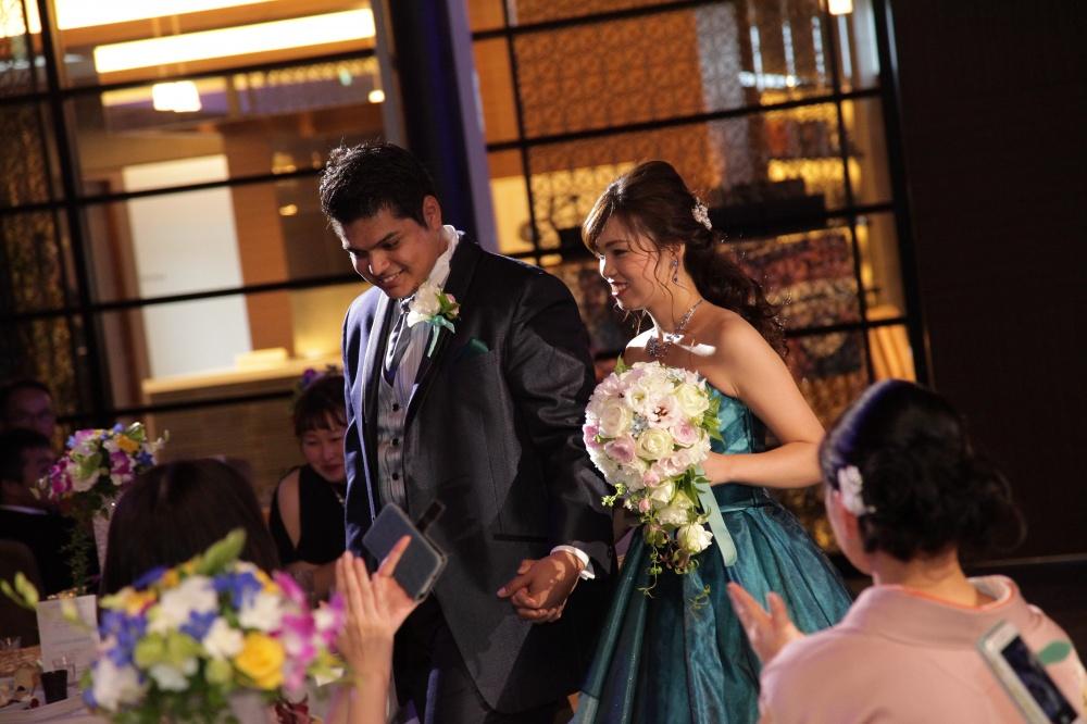 【新郎も主役♡】結婚式でスポットライトが当たる演出♡