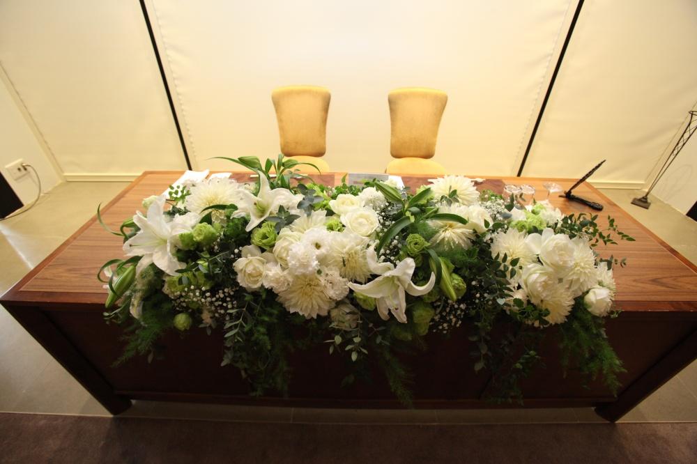 どんなテーブル装花にする?✿先輩花嫁の装花をたっぷりご紹介します!